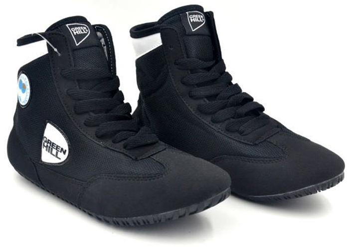 Борцовки Green Hill, цвет: черный, белый. GWB-3052. Размер 35GWB-3052Обувь для борьбы - это борцовки от популярного бренда Green Hill. Благодаря удлиненной голени и надежной шнуровке такая обувь обеспечивает спортсмену комфорт и уверенность на ковре.Верх выполнен из искусственной замши и синтетики. Мягкая съемная стелька. Подошва проклеена и прошита, не скользит.