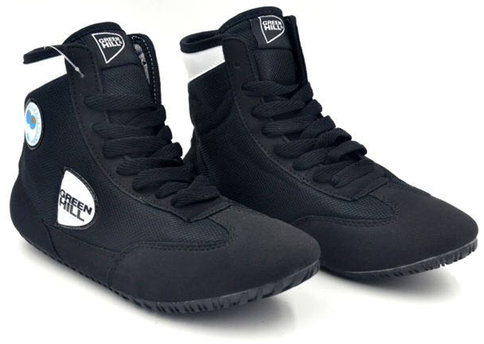 Борцовки Green Hill, цвет: черный, белый. GWB-3052. Размер 38GWB-3052Обувь для борьбы - это борцовки от популярного бренда Green Hill. Благодаря удлиненной голени и надежной шнуровке такая обувь обеспечивает спортсмену комфорт и уверенность на ковре.Верх выполнен из искусственной замши и синтетики. Мягкая съемная стелька. Подошва проклеена и прошита, не скользит.