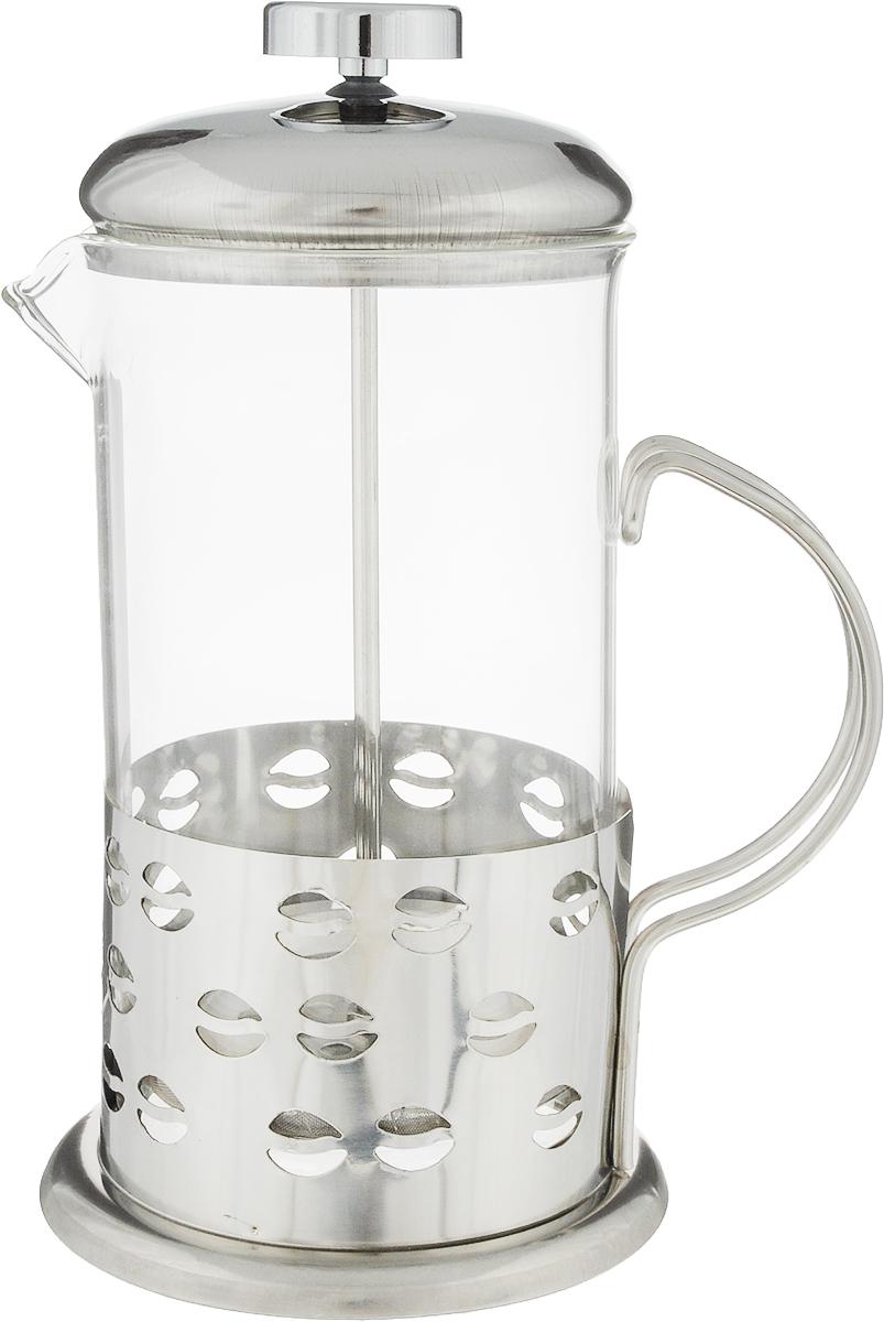 Френч-пресс Wellberg Кофе, 0,6 л. 6981 WB6981 WB_кофеФренч-пресс Wellberg Кофе, выполненный из нержавеющей стали, поможет приготовить вкусный ароматный чай или кофе. Колба изготовлена из термостойкого стекла, которое выдерживает температуру до 120°С. Изделие дополнено перфорацией в виде кофейных зерен.Утолщенный ободок колбы повышает прочность и продлевает срок службы изделия. Форма края носика препятствует образованию подтеков. Плотно прилегающая крышка позволяет надолго сохранить аромат напитка. Стальной фильтр-поршень обеспечивает равномерную циркуляцию воды и насыщенность напитка. С его помощью также можно регулировать степень крепости напитка.Засыпая чайную заварку или кофе под фильтр, заливая горячей водой, вы получаете ароматный напиток с оптимальной крепостью и насыщенностью. Остановить процесс заваривания легко, для этого нужно просто опустить поршень, и все уйдет вниз, оставляя вверху напиток, готовый к употреблению.Высота френч-пресса (с учетом крышки): 20 см. Диаметр колбы (по верхнему краю): 8,5 см. Диаметр основания: 10,5 см.