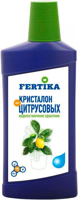 Удобрение Фертика Кристалон, для цитрусовых, 500 млfertika0022Удобрение Фертика Кристалон предназначен для цитрусовых растений. Подходит для подкормки всех видов цитрусовых (лимон, апельсин, грейпфрут, цитрон). Обеспечивает интенсивное развитие корневой системы растений, хорошее плодоношение, накопление в плодах сахаристых веществ и витаминов. Повышает интенсивность окраски листьев. Продлевает срок службы грунта горшечных культур.Применение: содержимое 1/4 колпачка (10 мл) развести в 1 литре воды. Не подкармливают растения, находящиеся в состоянии покоя и недавно пересаженные, особенно если грунт богат питательными элементами.Товар сертифицирован.