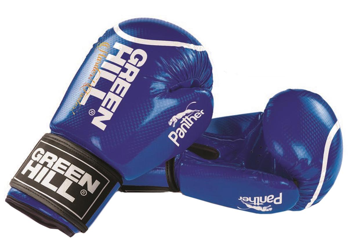 Перчатки боксерские Green Hill Panther, цвет: синий. Вес 10 унцийBGP-2098Боксерские перчатки Panther - отличный выбор для начинающих спортсменов. Перчатки имеют стильный современный дизайн. Верх сделан из блестящей технологичной искусственной кожи 2t с 3D фактурой. Вкладыш перчаток - предварительно сформированный пенополиуретан технологии Pre-SHAPE. Манжет на «липучке». В перчатках применена технология Антинокаут, снижающая риск травмы для принимающего удар спортсмена.- Тренировочные боксерские перчатки с манжетой на липучке.- Синтетическая кожа технологии 2t с блестящей 3D фактурой. - Формованный вкладыш из пенополиуретан технологии Pre-shape.- Технология Антинокаут для снижения риска травмы принимающего удар.