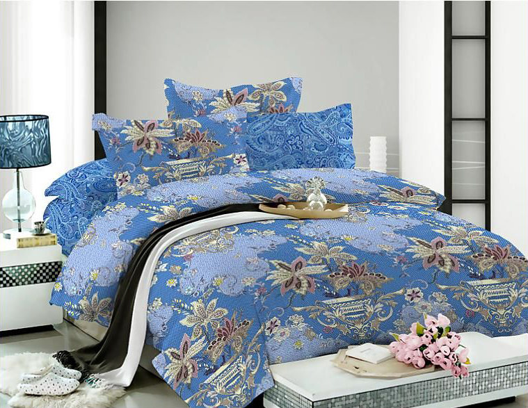 Комплект белья Soft Line, 1,5-спальный, наволочки 50x70, цвет: синий. 0731007310Роскошный комплект постельного белья Soft Line выполнен из качественного плотного сатина и украшен оригинальным рисунком. Комплект состоит из пододеяльника, простыни и двух наволочек.Постельное белье Soft Line подобно облаку сочетает в себе плотность цвета и безграничную нежность фактуры. Это белье обладает волшебной практичностью, а потому оказываться на седьмом небе станет вашим привычным занятием.Доверьте заботу о качестве вашего сна высококачественному натуральному материалу. Сатин - это ткань из 100% натурального хлопка. Мягкость и нежность материала создает чувство комфорта и защищенности. Классический натуральный природный материал делает это постельное белье нежным, элегантным и приятным. Советы по выбору постельного белья от блогера Ирины Соковых. Статья OZON Гид
