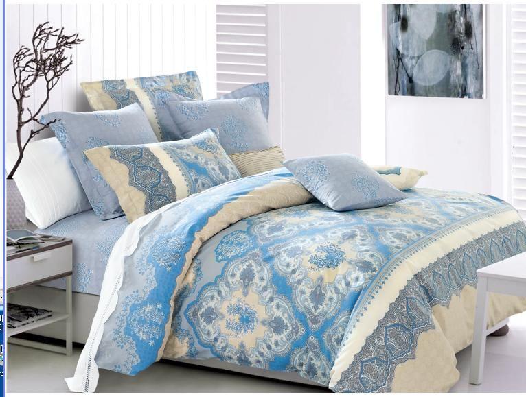 Комплект белья Soft Line, 1,5-спальный, наволочки 50x70, цвет: синий. 0733507335Роскошный комплект постельного белья Soft Line выполнен из качественного плотного сатина и украшен оригинальным рисунком. Комплект состоит из пододеяльника, простыни и двух наволочек.Постельное белье Soft Line подобно облаку сочетает в себе плотность цвета и безграничную нежность фактуры. Это белье обладает волшебной практичностью, а потому оказываться на седьмом небе станет вашим привычным занятием.Доверьте заботу о качестве вашего сна высококачественному натуральному материалу. Сатин - это ткань из 100% натурального хлопка. Мягкость и нежность материала создает чувство комфорта и защищенности. Классический натуральный природный материал делает это постельное белье нежным, элегантным и приятным. Советы по выбору постельного белья от блогера Ирины Соковых. Статья OZON Гид