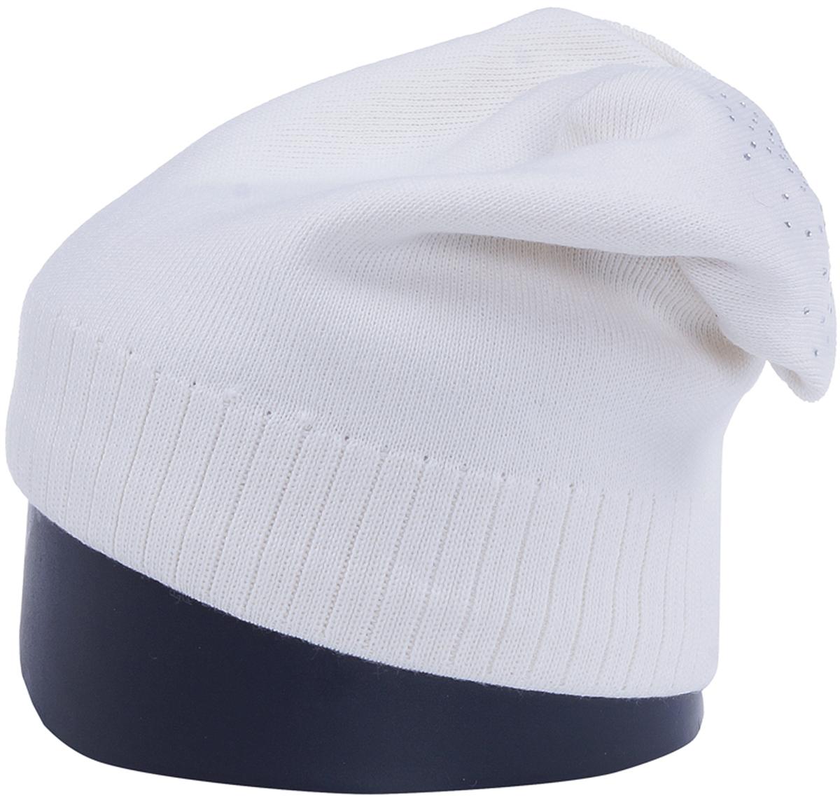 Шапка женская Vittorio Richi, цвет: белый. Aut141902C-11/17. Размер 56/58Aut141902CУдлиненная женская шапка Vittorio Richi отлично дополнит ваш образ в холодную погоду. Модель, изготовленная из шерсти с добавлением полиамида, максимально сохраняет тепло и обеспечивает удобную посадку. Шапка декорирована сзади узором из страз. Привлекательная стильная шапка подчеркнет ваш неповторимый стиль и индивидуальность.