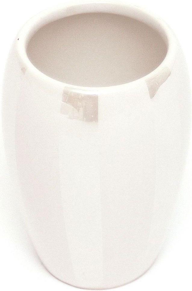 Стакан для зубных щеток Verran Randig. 855-61855-61Благородный блеск перламутровой деколи, нанесенной на белоснежную керамическую поверхность стакана, и простые формы придают новое звучание интерьеру ванной комнаты, созданному под влиянием классического стиля.
