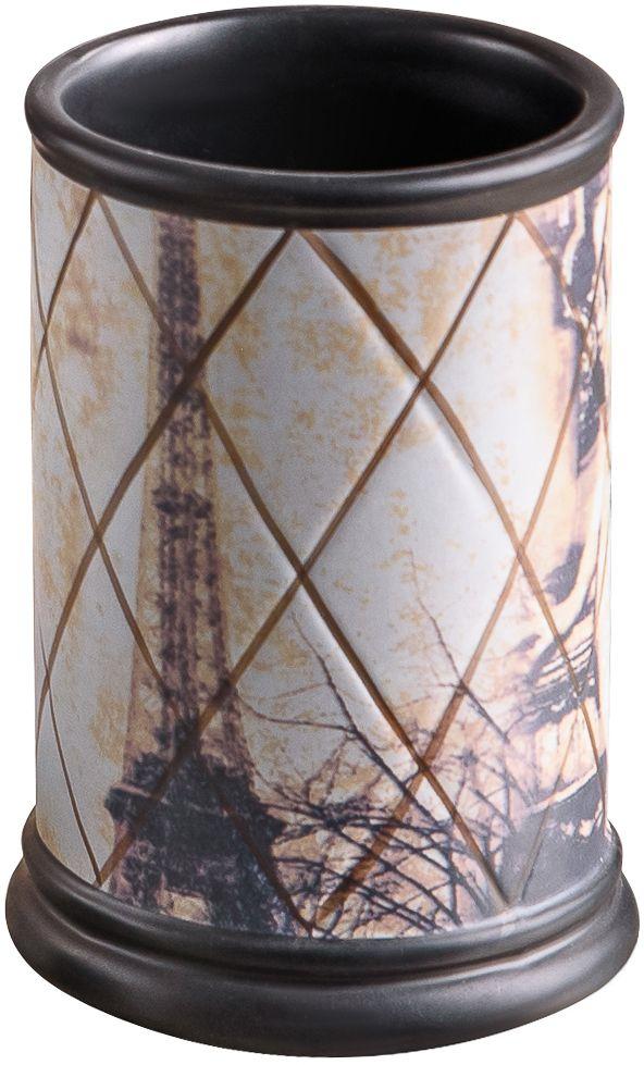 Винтажный стаканчик привнесет в интерьер истинно французский шик и атмосферу самого романтичного города на Земле. За счет эффекта состаренной поверхности предмет напоминает те милые вещицы, которые можно найти на блошином рынке в самом сердце Парижа.