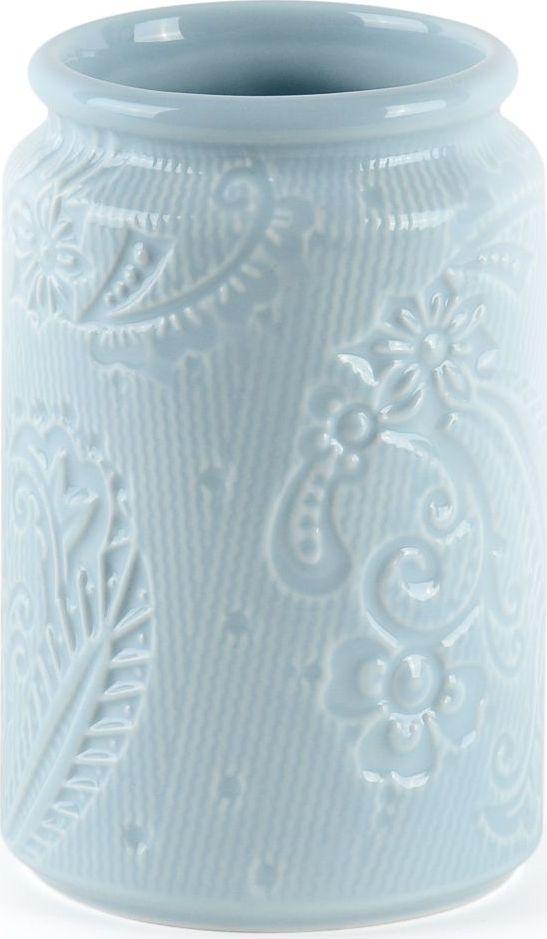 Стакан для зубных щеток Wess Frio, цвет: синий. G85-85G85-85Актуальный небесно голубой цвет стаканчика для зубных щеток позволит не отставать от интерьерных трендов. Сочетание натурального материала — керамики, и лаконичной функциональности делает этот стаканчик незаменимым аксессуаром для любой ванной комнаты.