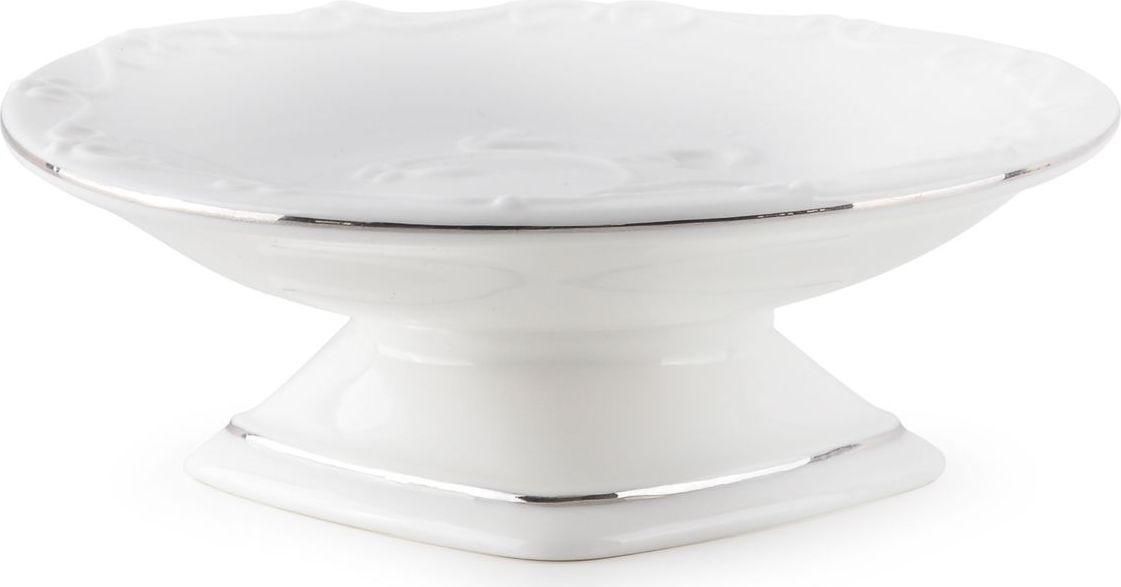 Мыльница Wess Bohemia. G88-86G88-86Мыльница привнесет в интерьер элемент нежности и романтики — благодаря своему блестящему белому цвету и утонченной форме. Предмет выполнен из керамики — гипоаллергенного и простого в обращении материала. Мыльница может быть как самодостаточным предметом, так и частью единого интерьерного ансамбля.