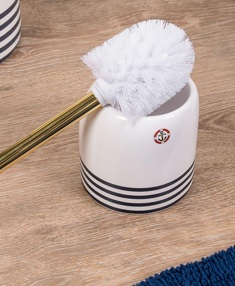 """Туалетный ершик """"Moroshka"""" имеет колбу из керамики. Щетка выполнена из нейлона, этот материал надолго сохраняет форму изделия. Ручка щетки выполнена из металла с антикоррозийным покрытием золотого цвета."""