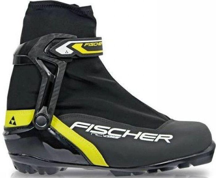 Ботинки лыжные мужские Fischer RC1 Combi, цвет: черный. S46315. Размер 41S46315Универсальная модель лыжных ботинок Fischer RC1 Combi для любителей обеспечивает оптимальную поддержку голеностопного сустава. Подошва средней жесткости позволяет использовать их для катания как коньковым, так и классическим ходом.Hinged Polymer Cuff.Эргономичная манжета обеспечивает боковую поддержку и дает свободу движений вперед и назад. Равномерное распределение давления благодаря манжете из материала EVA.Injected Exterior Heel Cap.Наружная пластиковая вставка анатомической формы в пяточной части обеспечивает комфортное облегание ботинок и отличную передачу энергии.Thermo Fit.Термоформируемый материал внутреннего ботинка обладает прекрасными изоляционными свойствами и легко адаптируется по ноге.Easy Entry Loops.Широкое раскрытие ботинка и практичная петля на пятке облегчают надевание/снимание ботинок.Lace Cover.Дополнительная защита шнуровки предотвращает проникновение влаги и холода.Triple F Membrane.Влагонепроницаемая мембрана, обладающая дышащими свойствами, позволяет ногам оставаться сухими в любую погоду.Gaiter Ring.Кольцо-крепление, подходящее для всех популярных моделей гамашей, предназначено для дополнительной защиты от снега и влаги.Velcro Strap.Застежка на липучке для быстрого регулирования и застегивания - расстегивания.Cleansport NXT.Специальная пропитка подкладки и стелек ботинок. Система из полезных микробов, которые устраняют неприятный запах.Comfort Guard.Очень легкий, водоотталкивающий изоляционный материал дополнительно защищает от холода мысок и переднюю часть стопы.