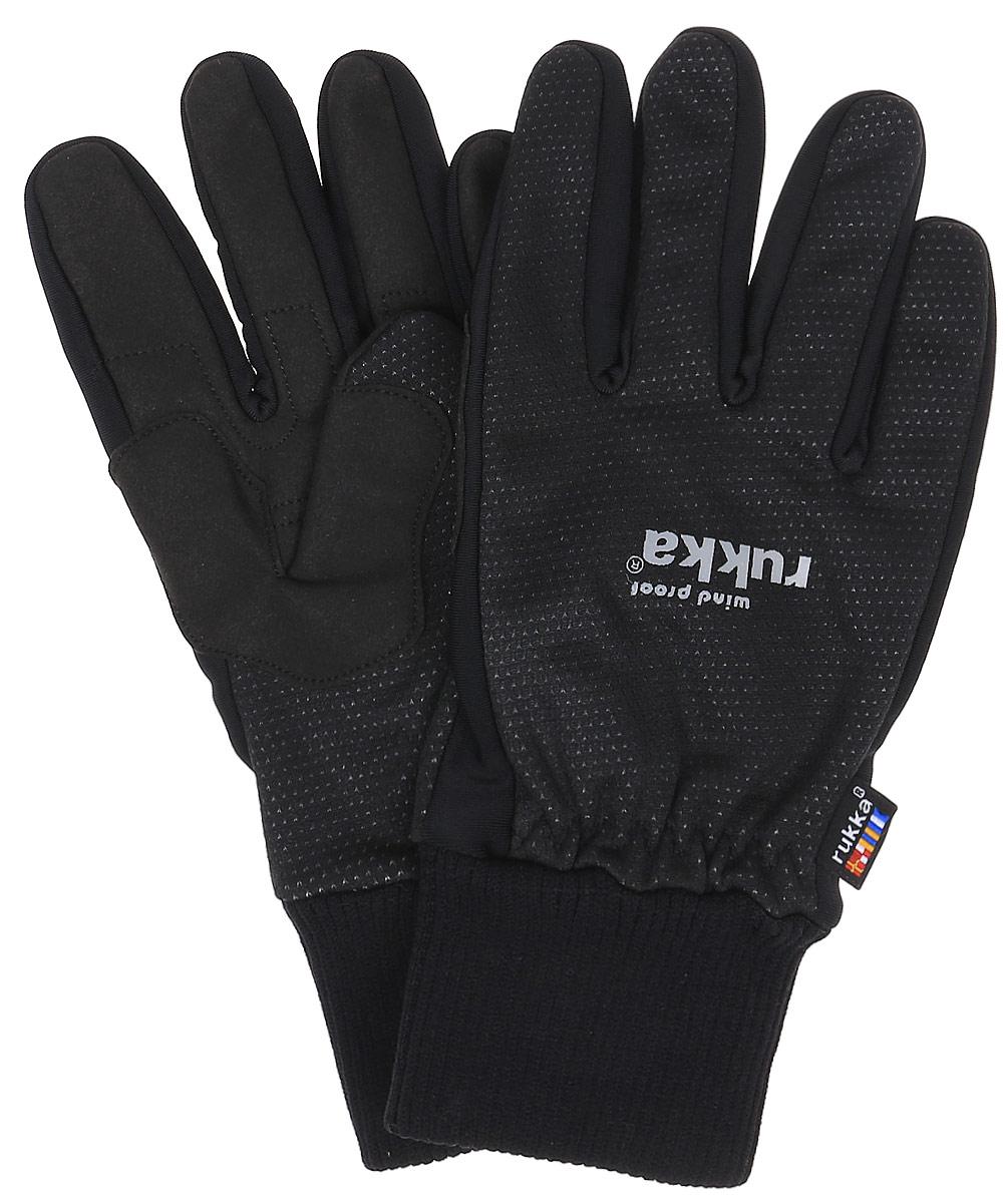 Перчатки мужские Rukka, цвет: черный. 870756200R1V-990. Размер 6870756200R1V-990Утепленные мужские перчатки Rukka защитят вас от холода и непогоды и отлично подойдут для активного отдыха или занятий спортом на природе. Перчатки с усилением в области большого пальца изготовлены из высококачественного материала на основе полиэстера и полиамида и дополнены широкими манжетами.