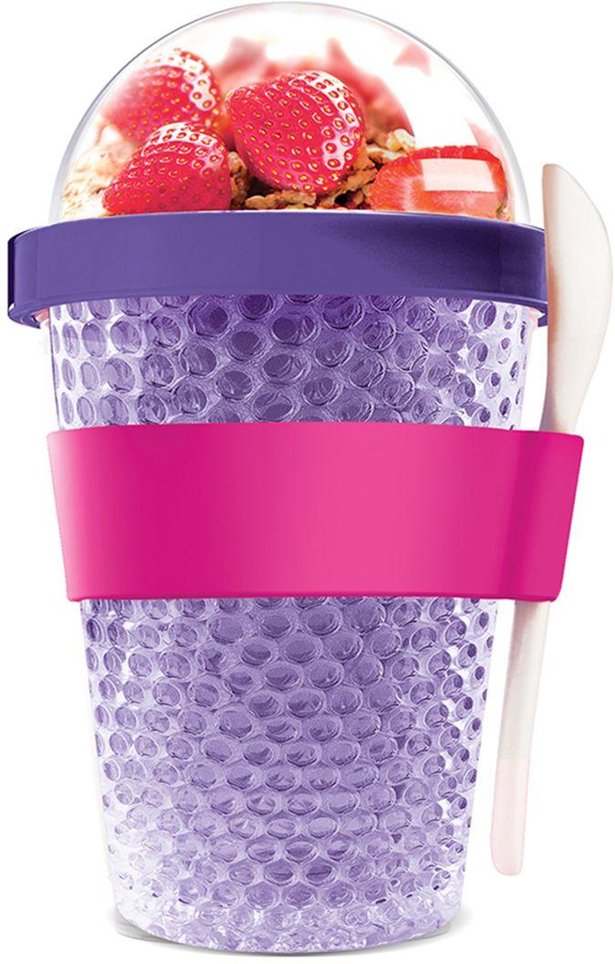 Контейнер Asobu Chill yo 2 go, цвет: фиолетовый, 380 млCY2GO purpleЗаполните контейнер вашим любимым йогуртом! Поместите свой любимый топпинг в крышку! И возьмите с собой в дорогу! Контейнер Asobu Yo2go improved позаботится о вашем вкусном десерте! Yo2go - контейнер для йогурта контеи десертов. Контейнер имеет жесткий акриловый корпус с двойными стенками. Включает в себя белую ложку из пищевого безопасного пластика ABS, которая помещается в силиконовое кольцо и никогда не выскользнет. Для удобного удерживания контейнер обернут силиконовой лентой. Особенности: 360 мл.Ложка из пищевого безопасного пластика ABS.Простой и функциональный дизайн.Жесткий прозрачный акриловый корпус с двойными стенками.Крышка.Экологичный.Идеален для работы и школы.