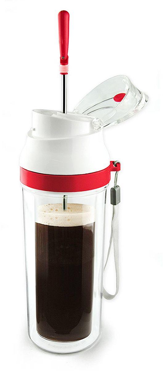 Бутылка Asobu The modern press, цвет: красный, 480 млFP3 redНасладитесь чашечкой ароматного кофе или чая где бы вы ни были с The modern press от Asobu!The modern press - это френч-пресс, который можно взять с собой в дорогу. Стеклянная емкость для заваривания надежна защищена акриловымстаканом. Поршень изготовлен из нержавеющей стали.Инструкция по применению:Установите френч-пресс на стол, снимите крышку и достаньте поршень. Добавьте кофе или рассыпного чая во внутреннюю стеклянную емкость. Налейте горячую воду в стакан и дайте настояться 2-3 минуты. Аккуратно нажмите на поршень до упора и наслаждайтесь глубоким насыщенным вкусом!