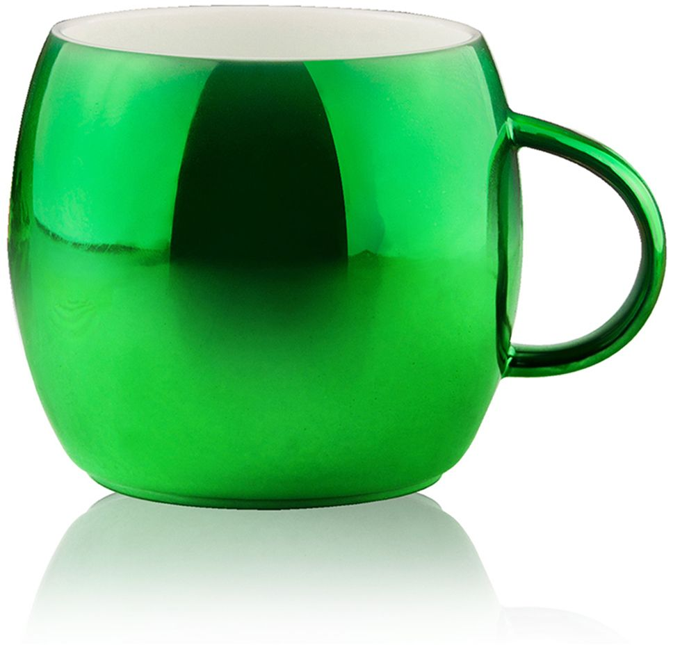 Кружка Asobu Sparkling mugs, цвет: зеленый, 380 млMUG 550 greenAsobu – бренд посуды для питья, выделяющийся творческим, оригинальным дизайном и инновационными решениями.Asobu разработан Ad-N-Art в Канаде и в переводе с японского означает «весело и с удовольствием». И действительно, только взгляните на каталог представленных коллекций и вы поймете, что Asobu - посуда, которая вдохновляет!Кроме яркого и позитивного дизайна, Asobu отличается и качеством материалов из которых изготовлена продукция – это всегда чрезвычайно ударопрочный пластик и 100% BPA Free.За последние 5 лет, благодаря своему дизайну и функциональности, Asobu завоевали популярность не только в Канаде и США, но и во всем мире!Насладитесь чашечкой горячего шоколада или любимого праздничного напитка с игристой коллекцией кружек Asobu. Глянцевое, полированное покрытие кружек мерцает и переливается, создавая особенное, праздничное настроение.* Обратите внимание, что в связи с глянцевым покрытием могут быть незначительные недостатки в отделке. Особенности:390 мл.Экстраглянцевое покрытие.Яркие праздничные цветаИдеально подходит для горячего шоколада или других праздничных напитков.Мыть только руками! Не рекомендуется мыть в посудомоечной машине!