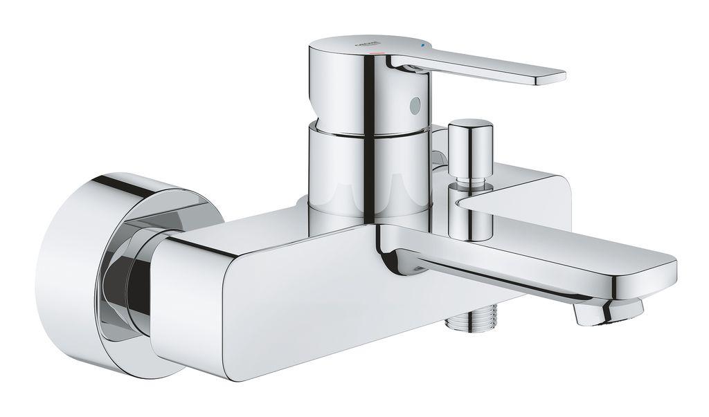 Смеситель для ванны GROHE Lineare настенного монтажа - современный стиль и премиальное качество.   С его тонким минималистичным дизайном, стильный настенный смеситель для ванны GROHE Lineare сочетает в себе идеальный внешний вид, подходящий для современной ванной. Поскольку в нем есть выход для душа, все, что вам нужно для настоящей роскоши в ванной - это подобрать подходящий ручной душ: принимать ванны или душ будет также просто, как и переключаться с излива на душ с помощью удобного переключателя.   Этот элегантный однорычажный смеситель оснащен передовыми технологиями GROHE. Благодаря керамическому картриджу GROHE SilkMove управление напором и температурой воды осуществляется точно и просто. Встроенный обратный клапан предотвращает обратный поток воды по трубе. Многослойное хромовое покрытие GROHE StarLight гарантирует, что поверхность смесителя сохранит свой блеск на долгие годы.   Смеситель отлично подойдет к другим продуктам линейки.