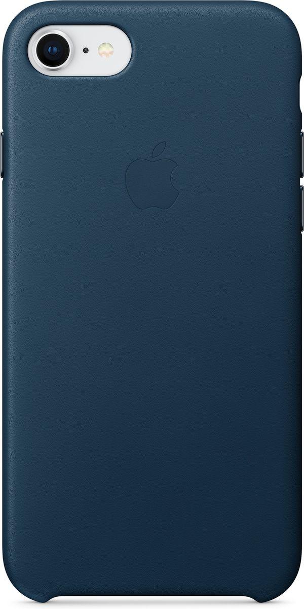 Apple Leather Case чехол для iPhone 7/8, Cosmos BlueMQHF2ZM/AКожаный чехол для iPhone 7/8 точно повторяет контуры iPhone, сохраняя его тонкий профиль. Он изготовлен из специально обработанной, приятной на ощупь кожи европейского производства и со временем покрываются благородной патиной. Цвет алюминиевых кнопок идеально подходит к чехлу. А его подкладка из микрофибры защищает корпус iPhone.