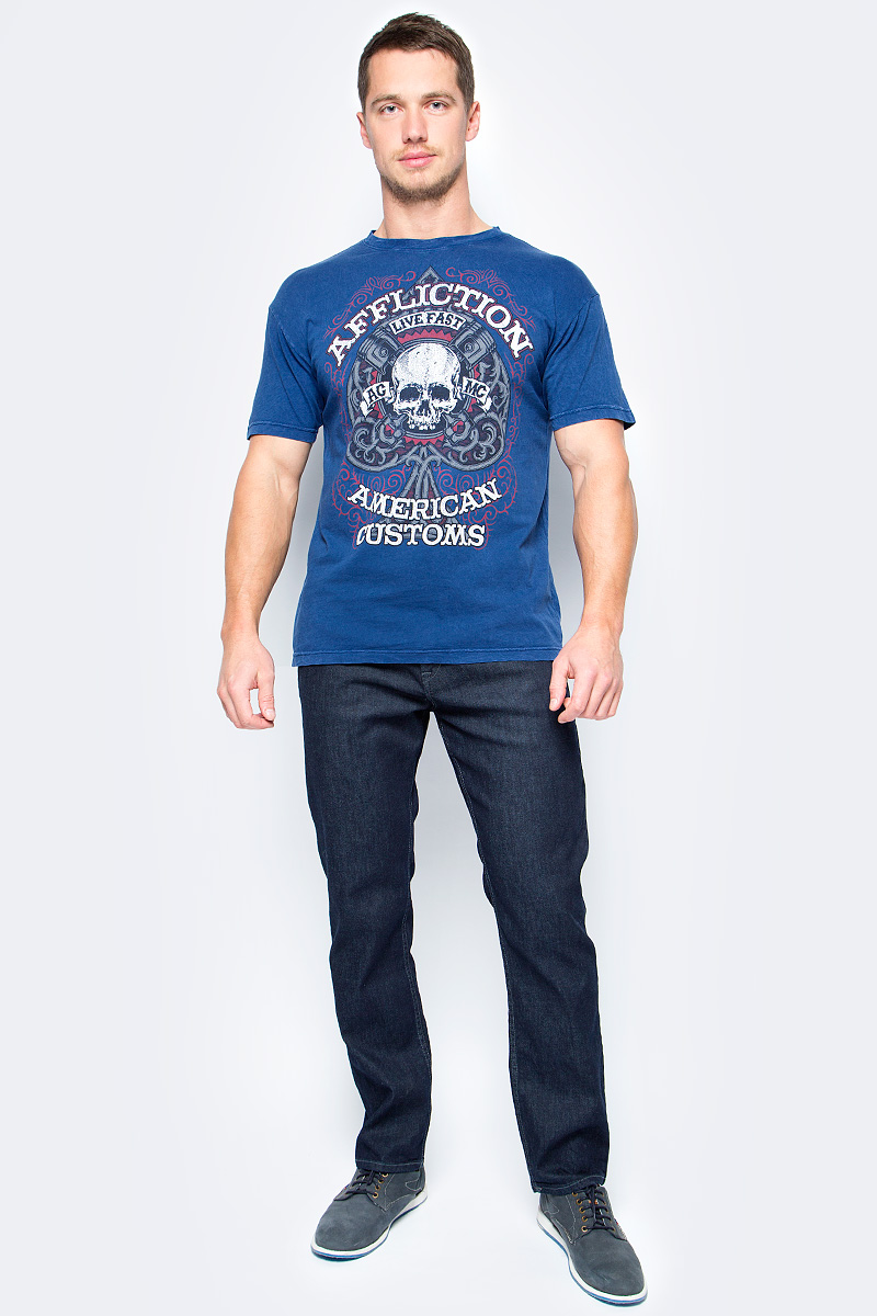 Футболка мужская Affliction Pistion Spade, цвет: синий. A16603. Размер L (50)A16603Футболка мужская Affliction выполнена из натурального хлопка. Модель с круглым вырезом горловины и короткими рукавами оформлена оригинальным принтом.
