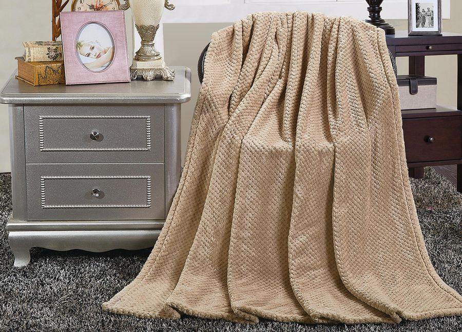 Плед ТД Текстиль Absolute, цвет: бежевый, 180 х 220 см90356Теплый и мягкий плед удачно впишется в любой интерьер. Он привнесет невероятную атмосферу уюта в ваш дом и согреет зимними вечерами.