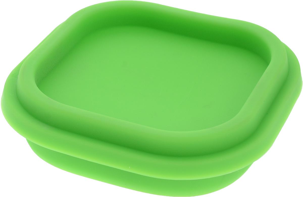Контейнер пищевой Доляна Клэр, складной, цвет: салатовый, 10 х 10 х 6 см861126_салатовыйСкладной контейнер Доляна Клэр выполнен из качественного пищевого силикона и снабжен герметично закрывающейся пластиковой крышкой с прокладкой. Вы можете смело брать с собой на работу, в дорогу или на пикник самую разнообразную еду: силикон сохранит первозданные вкус и аромат продуктов. Кроме того он отличается гладкостью и термостойкостью, что дает важные преимущества.Подходит для использования в духовом шкафу, морозильной камере, можно мыть в посудомоечной машине.Размер в сложенном виде: 10 х 10 х 3 см.