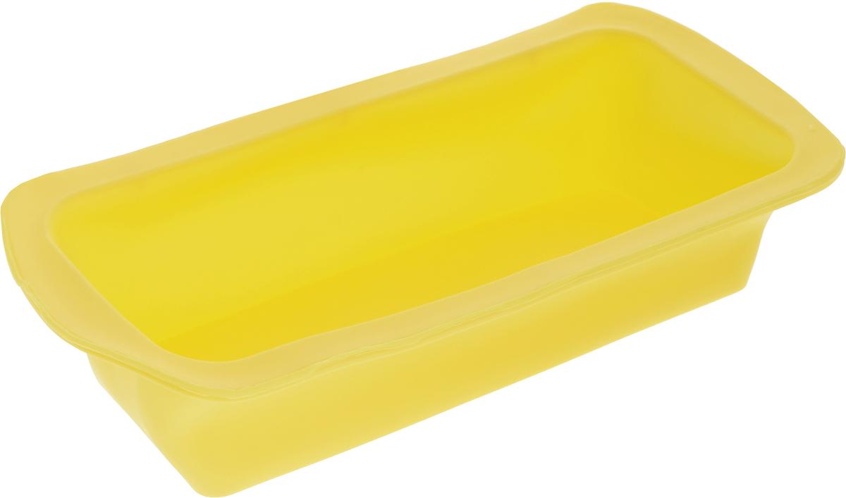 Форма для выпечки Доляна Элегия, силиконовая, цвет: желтый, 27,5 х 13 х 6 см775523_желтыйФорма Доляна Элегия, выполненная из силикона, будет отличным выбором для всех любителей домашней выпечки. Силиконовые формы для выпечки имеют множество преимуществ по сравнению с традиционными металлическими формами и противнями. Нет необходимости смазывать форму маслом. Форма быстро нагревается, равномерно пропекает, не допускает подгорания выпечки с краев или снизу.Вынимать продукты из формы очень легко. Слегка выверните края формы или оттяните в сторону, и ваша выпечка легко выскользнет из формы.Материал устойчив к фруктовым кислотам, не ржавеет, на нем не образуются пятна.Форма может быть использована в духовках и микроволновых печах (выдерживает температуру от -40°С до +250°С), также ее можно помещать в морозильную камеру и холодильник. Можно мыть в посудомоечной машине.Размер формы: 27,5 х 13 х 5 см.