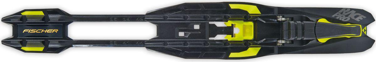 """Спортивные комбинированные крепления для лыж """"Fischer"""" с платформой IFP. Флексор средней жесткости позволяет кататься классическим и коньковым ходами.  Крепления Turnamic устанавливаются и регулируются без дополнительных инструментов.   Технологии: - Tool Free. - Flowflex. - Torsion-proofed body.    Как выбрать беговые лыжи. Статья OZON Гид"""