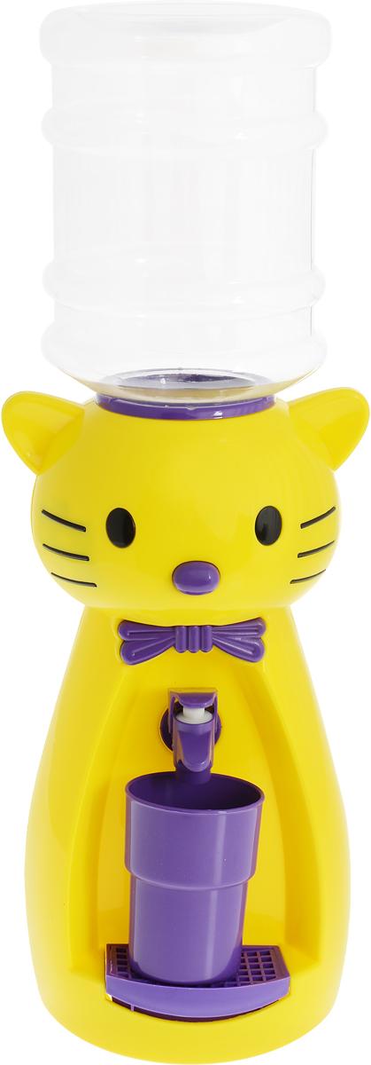 Мини-кулер для воды и сока HITT Мультик. Китти, цвет: желтый, фиолетовый, 2 лН25200_желтый, фиолетовыйДетский мини-кулер HITT Мультик. Китти выполнен из экологически чистого пластика. Изделие не греет и не охлаждает воду, поэтому вы можете не беспокоиться, что ребенок обожжется или простудит горло. Соки, компоты, отвары трав в этом кулере будут для малыша более привлекательны, чем лимонад и другие вредные для организма напитки. Кроха с удовольствием будет наливать напиток из кулера в небольшой стаканчик совсем как взрослый. Изделие легкое и компактное, поэтому его можно взять с собой на дачу или на пикник. Яркий дизайн, сочные цвета и веселый персонаж сделают такой кулер украшением стола на детском празднике.Ребенок станет потреблять больше жидкости. Вам не придется уговаривать его выпить молоко или компот.Стакан входит в комплект.Высота мини-кулера (с учетом бутылки): 49 см. Размер стаканчика: 6,5 х 5 х 8,5 см. Высота бутылки: 18 см.