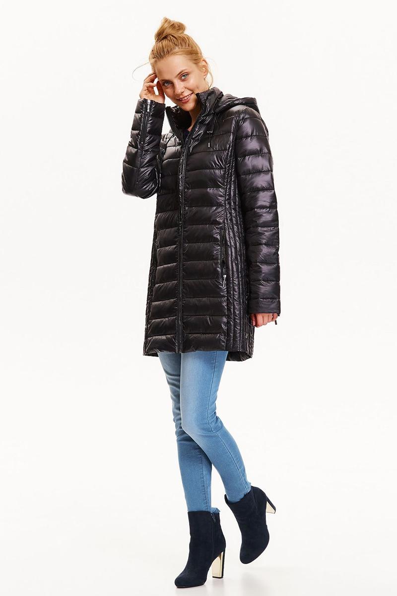 Куртка женская Top Secret, цвет: черный. SKU0786CA. Размер 38 (46)SKU0786CAЖенская стеганная куртка Top Secret выполнена из высококачественного материала. Модель с капюшоном застегивается на молнию. Изделие имеет приталенный силуэт. Спереди расположены два прорезных кармана на молниях. Сверхлегкая и теплая куртка длиной до колена обеспечит комфорт и удобство.