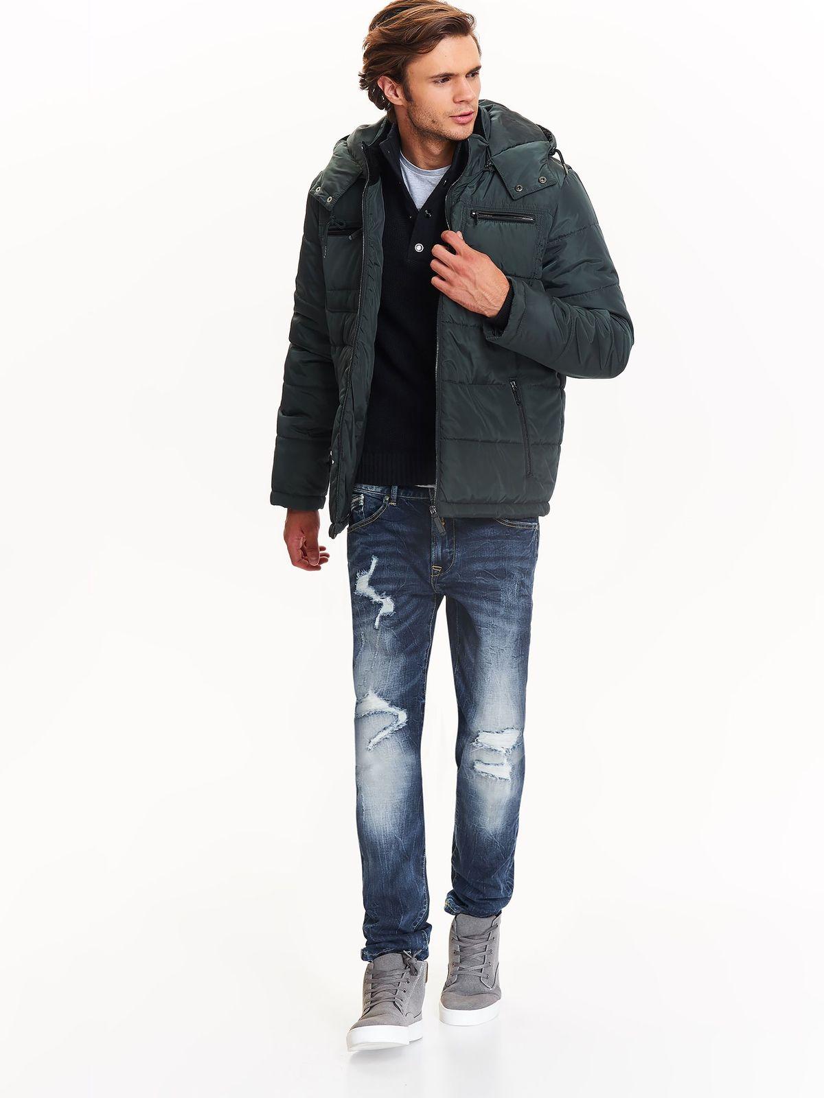 Куртка мужская Top Secret, цвет: зеленый. SKU0820CZ. Размер M (46)SKU0820CZМужская куртка Top Secret выполнена из высококачественного материала. Модель с капюшоном застегивается на молнию. Спереди расположены два прорезных кармана на молниях.