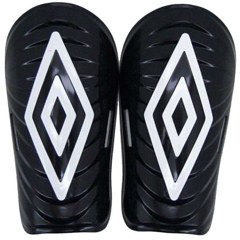 Щитки футбольные Umbro Mini Slip Diamond, цвет: черный, белый. Размер S25044UЩитки футбольные Umbro Mini Slip Diamond. Корпус выполнен из высокопрочного пластика. Мягкая подкладка из ЭВА.