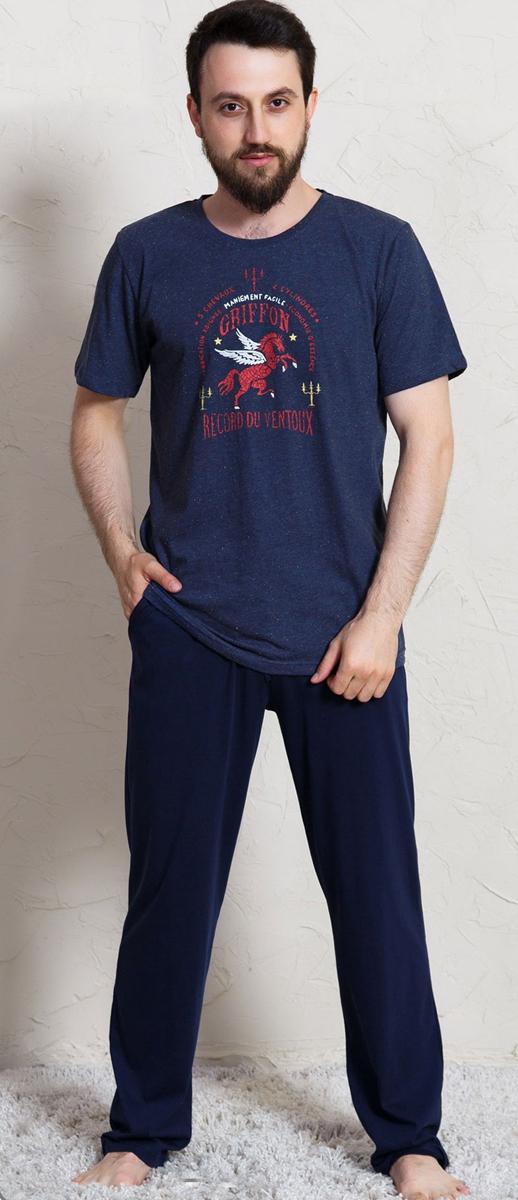 Домашний комплект мужской Vienettas Secret Griffon: брюки, футболка, цвет: темно-синий. 704073 0000. Размер S (44)704073 0000Комплект домашней одежды Vienettas Secret, состоящий из футболки и брюк, выполнен из натурального хлопка и полиэстера. Футболка прямого покроя, с круглым вырезом горловины. Брюки свободного покроя. Футболка и брюки отлично садятся по фигуре, не сковывают движений, ткань мягкая и невесомая, очень приятная к телу. Идеальный вариант одежды для стильного образа и комфортного отдыха дома.