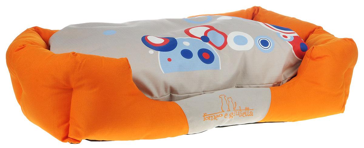Лежак для животных Camon Oxford, цвет: оранжевый, бежевый, 87 x 55 смCC007/CЛежак Camon Oxford непременно станет любимым местом отдыха вашего домашнего животного. Изделие выполнено из высококачественного полиэстера, а наполнитель - из поролона. Такой материал не теряет своей формы долгое время.Внутри имеется мягкая съемная подстилка с чехлом на молнии. На таком лежаке вашему любимцу будет мягко и тепло. Он подарит вашему питомцу ощущение уюта и уединенности.Размеры: 87 х 55 см.