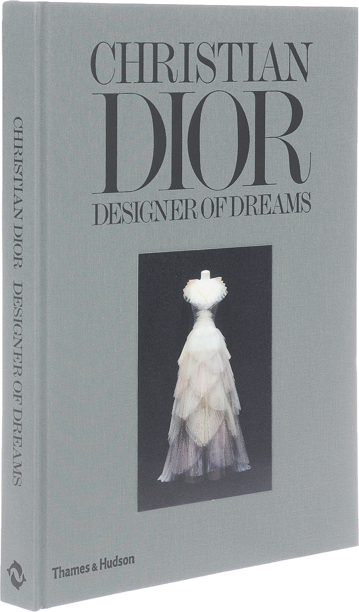 Christian Dior: Designer of Dreams fashion a coloring book of designer looks and accessories