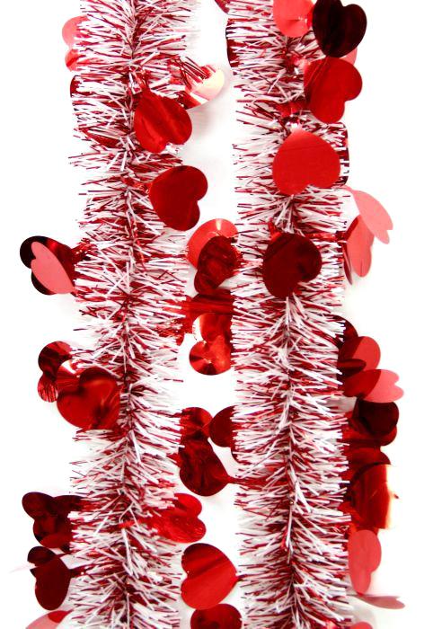 Мишура новогодняя Magic Time, цвет: красный, диаметр 6 см, длина 200 см. 75734815864Новогодняя мишура Magic Time, выполненная из ПЭТ (полиэтилентерефталат), поможет вам украсить свой дом к предстоящим праздникам. Новогодняя елка с таким украшением станет еще наряднее.Новогодней мишурой можно украсить все, что угодно - елку, квартиру, дачу, офис - как внутри, так и снаружи. Можно сложить новогодние поздравления, буквы и цифры, мишурой можно украсить и дополнить гирлянды, можно выделить дверные колонны, оплести дверные проемы. Коллекция декоративных украшений из серии Magic Time принесет в ваш дом ни с чем несравнимое ощущение волшебства! Создайте в своем доме атмосферу тепла, веселья и радости, украшая его всей семьей.