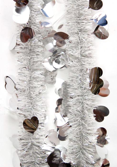 Мишура новогодняя Magic Time, цвет: серебристый, диаметр 6 см, длина 200 см. 7573775737Новогодняя мишура Magic Time, выполненная из ПЭТ (полиэтилентерефталат), поможет вам украсить свой дом к предстоящим праздникам. Новогодняя елка с таким украшением станет еще наряднее.Новогодней мишурой можно украсить все, что угодно - елку, квартиру, дачу, офис - как внутри, так и снаружи. Можно сложить новогодние поздравления, буквы и цифры, мишурой можно украсить и дополнить гирлянды, можно выделить дверные колонны, оплести дверные проемы. Коллекция декоративных украшений из серии Magic Time принесет в ваш дом ни с чем несравнимое ощущение волшебства! Создайте в своем доме атмосферу тепла, веселья и радости, украшая его всей семьей.