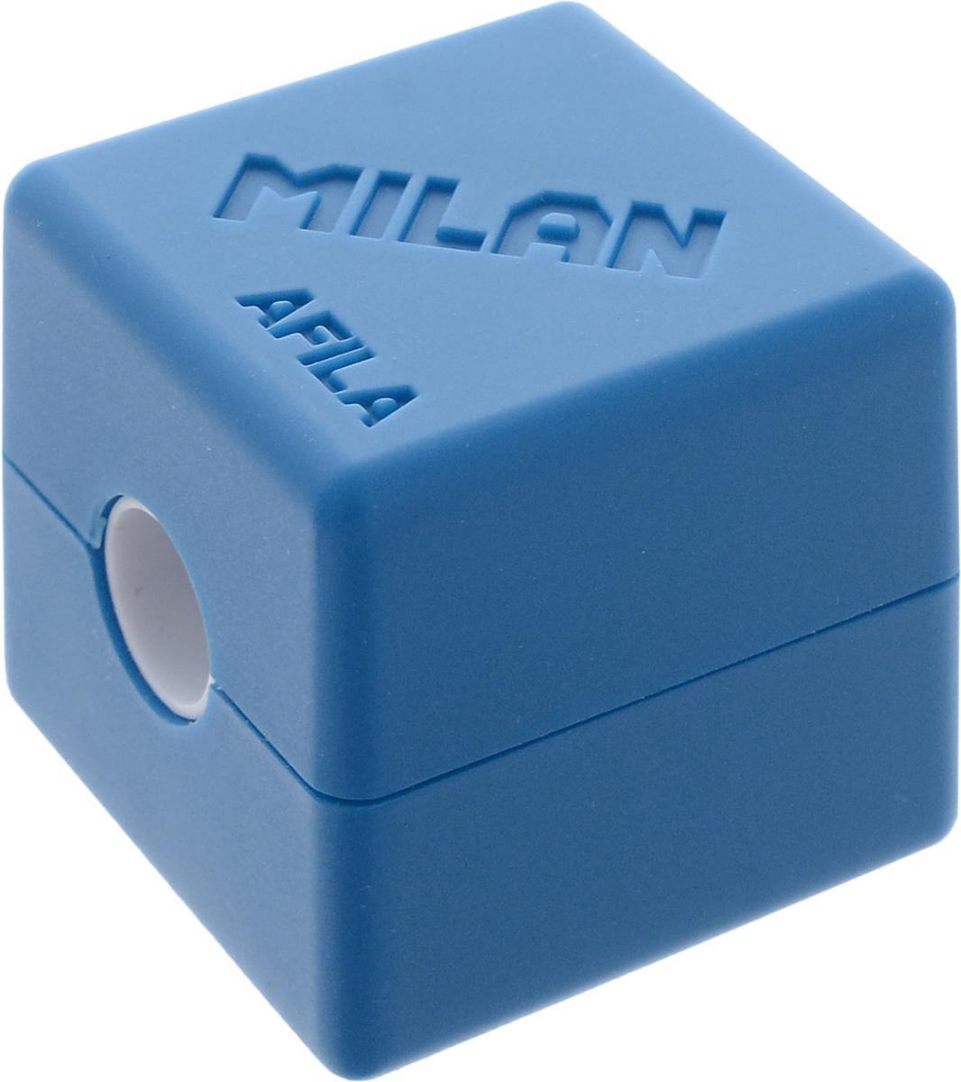 Milan Точилка Cubic с контейнером цвет синий20154216_синийКомпактная точилка Milan Cubic с контейнером оснащена безопасной системой заточки.Эта система предотвращает отделение лезвия от точилки. Идеально подходит для использования в школах. Стальное лезвие острое и устойчиво к повреждению. Идеально подходит для заточки графитовых и цветных карандашей.