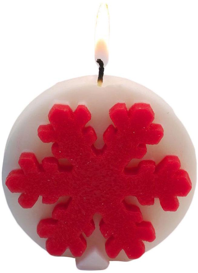 Свеча декоративная Sima-land Снежинки, цвет: белый, высота 8 см1543784Какой новогодний стол без свечей? Вместе с мандаринами, шампанским и еловыми ветвями они создадут сказочную атмосферу, а их притягательное пламя подарит ощущение уюта и тепла. А еще это отличная идея для подарка! Свеча Sima-land оградит от невзгод и поможет во всех начинаниях в будущем году. Каждому хозяину периодически приходит мысль обновить свою квартиру, сделать ремонт, перестановку или кардинально поменять внешний вид каждой комнаты. Свеча Sima-land - привлекательная деталь, которая поможет воплотить вашу интерьерную идею, создать неповторимую атмосферу в вашем доме. Окружите себя приятными мелочами, пусть они радуют глаз и дарят гармонию. Декоративная свеча Sima-land - символ Нового года. Она несет в себе волшебство и красоту праздника. Такое украшение создаст в вашем доме атмосферу праздника, веселья и радости.