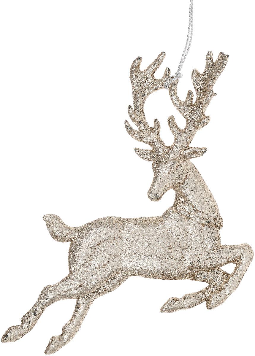 Украшение новогоднее подвесное Magic Time Олень, цвет: шампань75120Новогоднее подвесноеукрашение Magic Time Олень отлично подойдет для декорации новогодней ели. Игрушка изготовлена из полипропилена и оформлена блестками. Создайте в своем доме атмосферу веселья и радости, украшая всей семьей новогоднюю елку нарядными игрушками, которые будут из года в год накапливать теплоту воспоминаний. Размеры украшения: 12 х 2 х 11,5 см