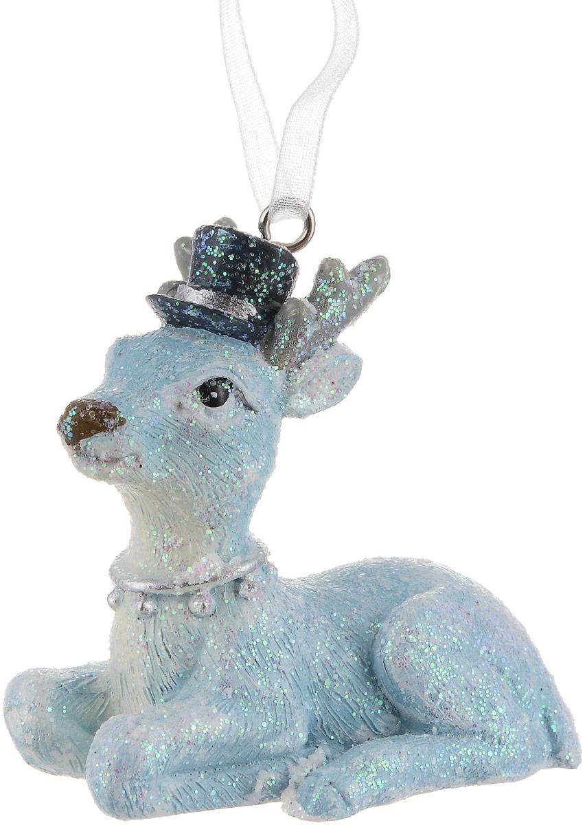 Украшение новогоднее подвесное Magic Time Голубой олененок75144Новогоднее подвесное украшение Magic Time Голубой олененок отлично подойдет для декорации новогодней ели. Игрушка, изготовленная из полирезины, выполнена в виде олененка. Создайте в своем доме атмосферу веселья и радости, украшая всей семьей новогоднюю елку нарядными игрушками, которые будут из года в год накапливать теплоту воспоминаний. Диаметр шара: 5,8 х 3,5 х 5 см