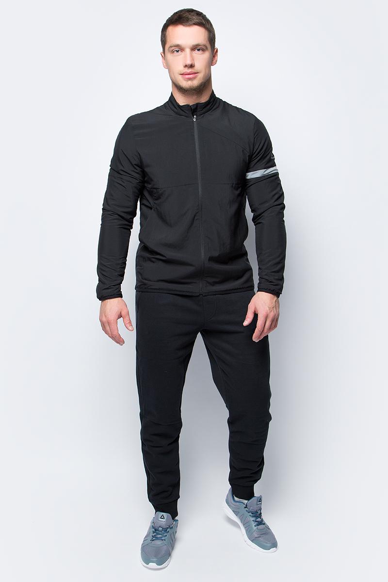 Ветровка мужская Reebok Run Flc Lnd Jkt, цвет: черный. CE6084. Размер M (48/50)CE6084Мужская ветровка Reebok, выполненная из 100% полиэстера, идеально сочетает в себе стиль и комфорт. Модель с длинными рукавами и воротником стойкой спереди имеет застежку молнию.