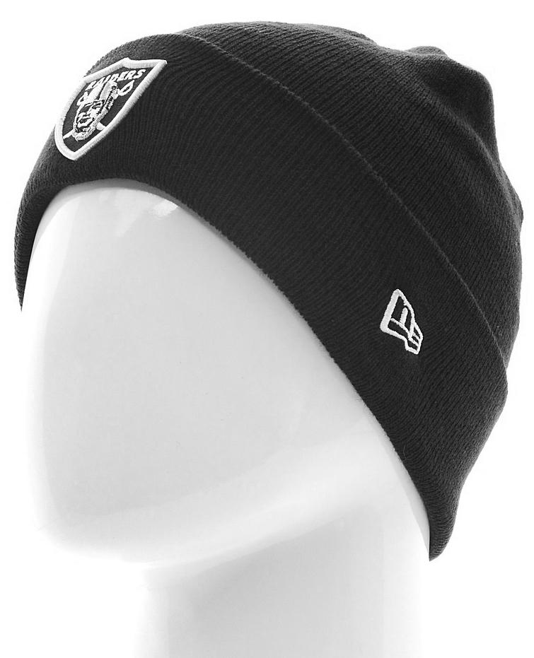Шапка New Era Oaklandraiders, цвет: черный. 11448335-BLK. Размер универсальный11448335-BLKШапка с отворотом выполнена из 100% акрила. Модель оформлена вышитым логотипом команды NFL Oakland Raiders. Такая шапка подойдет и для мужчин, и для женщин.