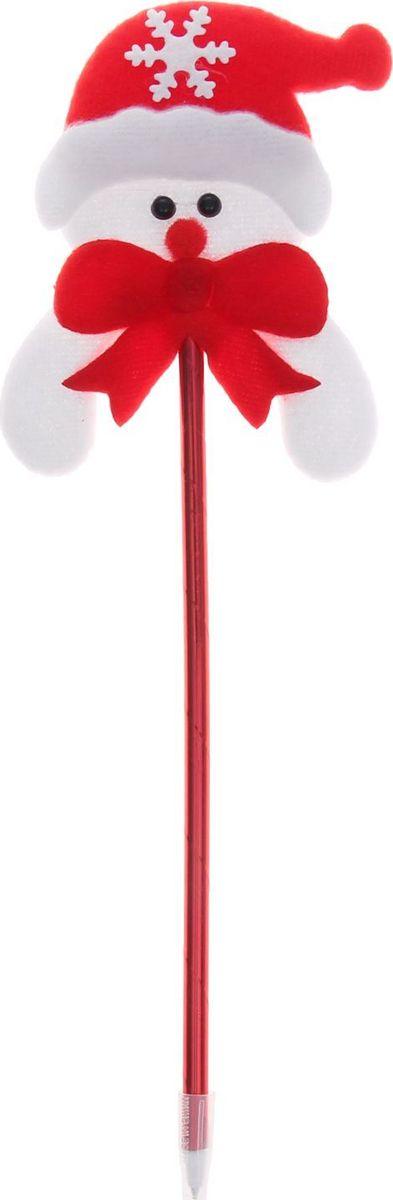 Страна Карнавалия Ручка шариковая Снеговик цвет чернил синий1110385Шариковая ручка Снеговик станет отличным презентом в новогодние праздники! Для взрослых это будет оригинальное украшение рабочего стола и приятное напоминание о человеке, который преподнёс такой сувенир. А маленьких деток привлечёт красочный дизайн — за уроки они будут браться с энтузиазмом. Наконечник в виде снеговика подарит улыбки и море позитива — такой зимний атрибут просто не захочется выпускать из рук!