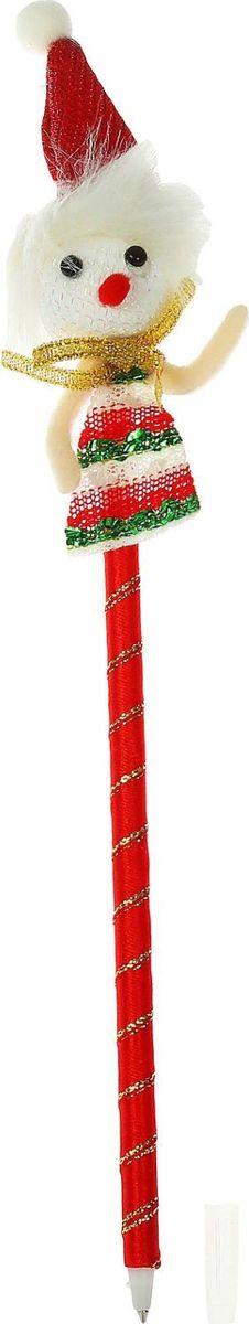 Sima-land Ручка шариковая Снеговик 13803801380380Шариковая ручка с тематическим принтом станет отличным презентом в новогодние праздники! Для взрослых это будет оригинальное украшение рабочего стола и приятное напоминание о человеке, который преподнёс такой сувенир.А маленьких деток привлечёт красочный дизайн — за уроки они будут браться с энтузиазмом. Наконечник в форме различных фигурок подарит улыбки и море позитива — такой зимний атрибут просто не захочется выпускать из рук!