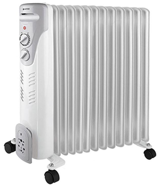 Vitek VT-1711(W) радиаторVT-1711(W)Радиатор Vitek VT-1711 W – это масляный обогреватель, который можно использовать как в жилых, так и в офисных помещениях. Эта модель работает совершенно бесшумно, быстро нагревается, поддерживает заданную температуру воздуха благодаря встроенному термостату и не требует сложного ухода. Доступно три уровня мощности, поэтому можно легко настроить устройство так, чтобы обеспечить комфортный микроклимат. Если обогреватель случайно упадёт, тут же сработает система блокировки, и он автоматически отключится. Чтобы включить прибор, достаточно просто вернуть его в вертикальное положение. Также предусмотрена защита от перегрева.Устройство оборудовано колёсиками и удобной ручкой, поэтому его легко можно перемещать из комнаты в комнату.