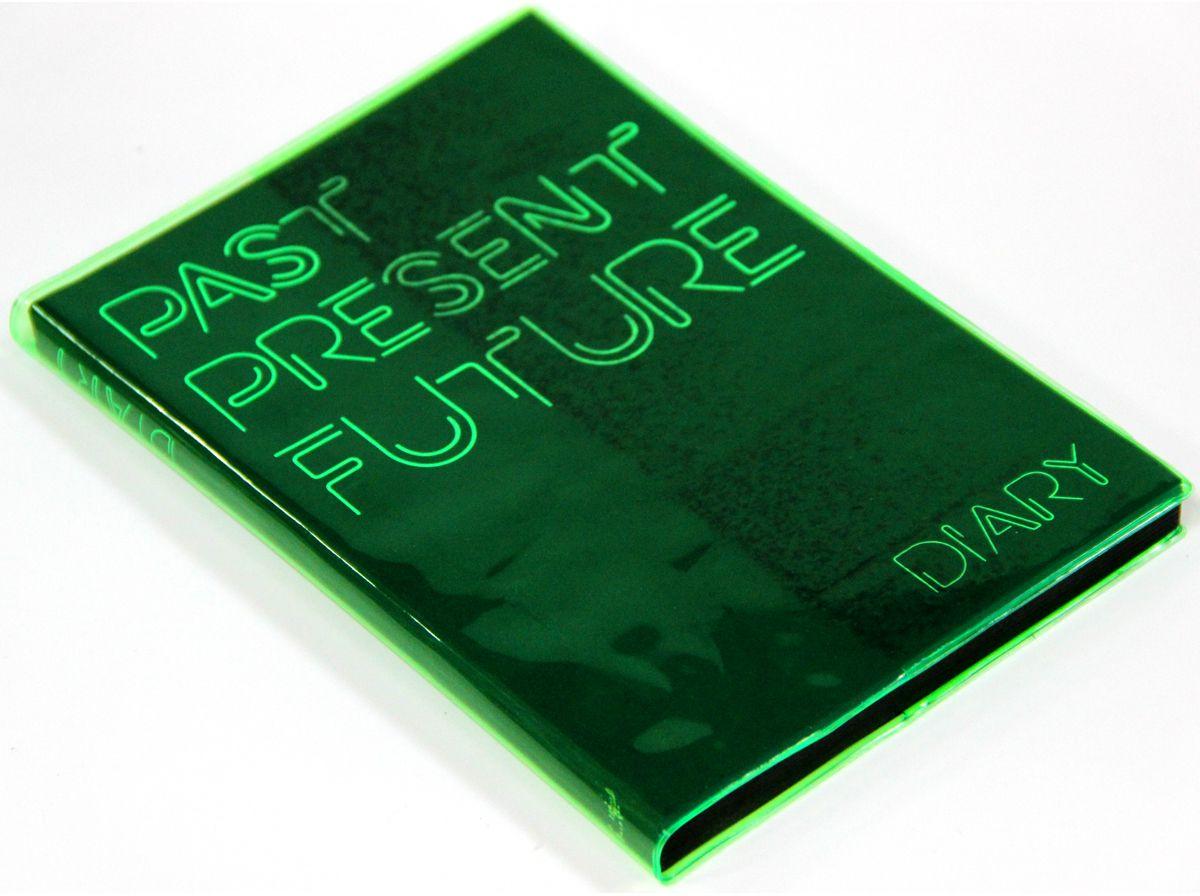 Канц-Эксмо Ежедневник Jelly Boоk недатированный 136 листов цвет зеленый формат A5ЕКДБ513604Ежедневник А5 недатированный,136л.(JELLY BOОK). Съемная обложка из мягкого прозрачного пластика