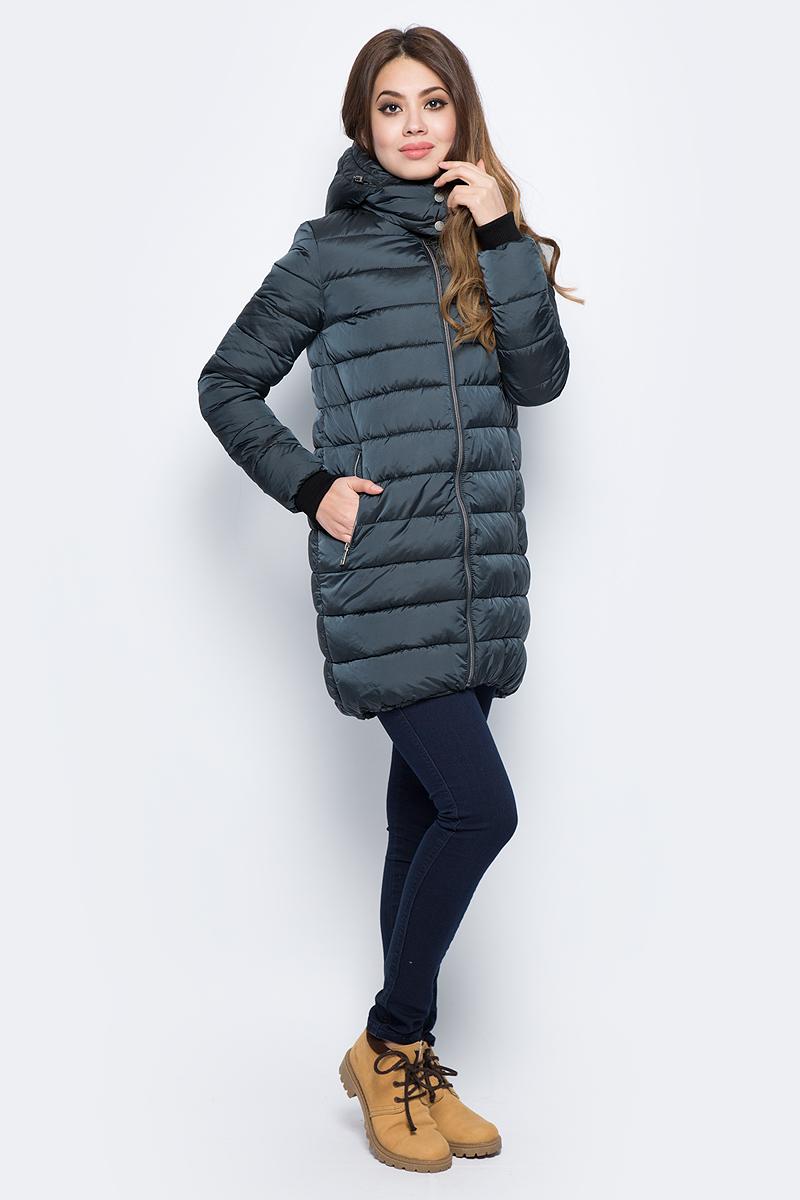 Куртка женская Grishko, цвет: синий. AL - 3296. Размер 44AL - 3296Куртка прямого кроя с прорезными карманами. Теплый глубокий капюшон и комфортная до середины бедра длина сделают эту куртку незаменимой вещью в холодную погоду. Утеплитель - 100% микрофайбер. Микрофайбер - это утеплитель нового поколения, который отличается повышенной теплоизоляцией, антибактериальными свойствами, долговечностью в использовании,и необычайно легок в носке и уходе. Изделие легко стирается в машинке, не теряя первоначального внешнего вида. Комфортная температура носки до минус 15 градусов.