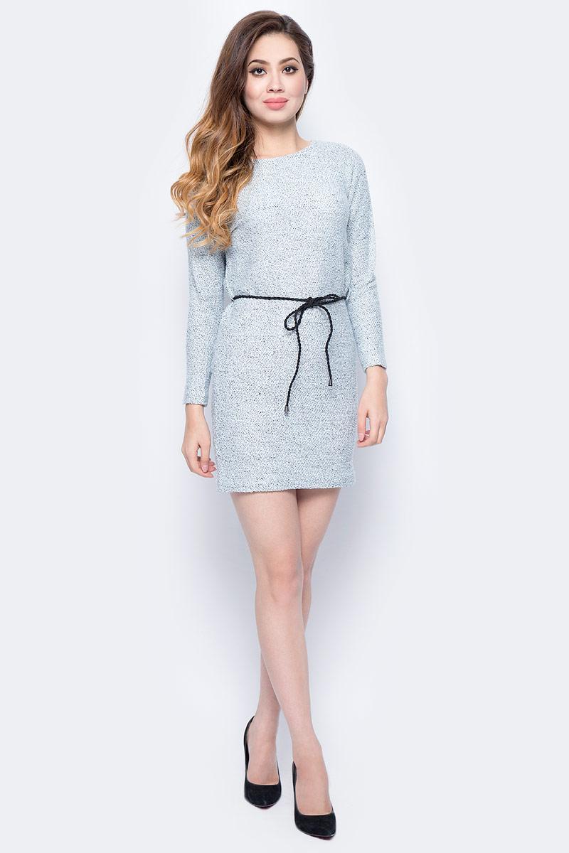 Платье женское Sela, цвет: голубой. DK-117/851-7413. Размер L (48)DK-117/851-7413Женское платье Sela, изготовленное из высококачественного материала, мягкое и приятное на ощупь, не сковывает движений и обеспечивает наибольший комфорт. Модель с круглым вырезом горловины и длинными рукавами великолепно подойдет для создания современного образа в стиле Casual.