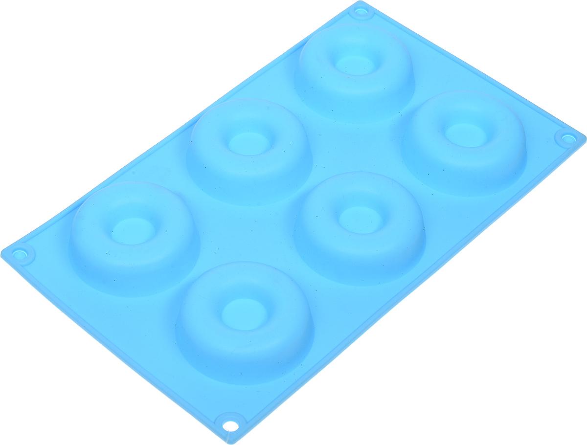 Форма для выпечки Доляна Пончики, силиконовая, цвет: голубой, 29 х 17 х 2 см, 8 ячеек630809_голубойФорма Доляна Пончики, изготовленная из силикона, имеет 8 ячеек круглой формы. Силиконовые формы для выпечки имеют множество преимуществ по сравнению с традиционными металлическими формами и противнями. Нет необходимости смазывать форму маслом. Форма быстро нагревается, равномерно пропекает, не допускает подгорания выпечки с краев или снизу.Вынимать продукты из формы очень легко. Слегка выверните края формы или оттяните в сторону, и ваша выпечка легко выскользнет из формы. Материал устойчив к фруктовым кислотам, не ржавеет, на нем не образуются пятна. Форма может быть использована в духовках и микроволновых печах (выдерживает температуру от -40°С до +250°С), также ее можно помещать в морозильную камеру и холодильник. Можно мыть в посудомоечной машине.Размер формы: 29 х 17 х 2 см.Диаметр ячеек (по верхнему краю): 7 см.