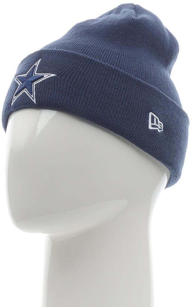 Шапка New Era DallasCowboys, цвет: синий. 11448341-BLU. Размер универсальный11448341-BLUШапка с отворотом с вышитым логотипом команды NFL Dallas Cowboys. Тянущаяся ткань обеспечивает комфортную посадку.