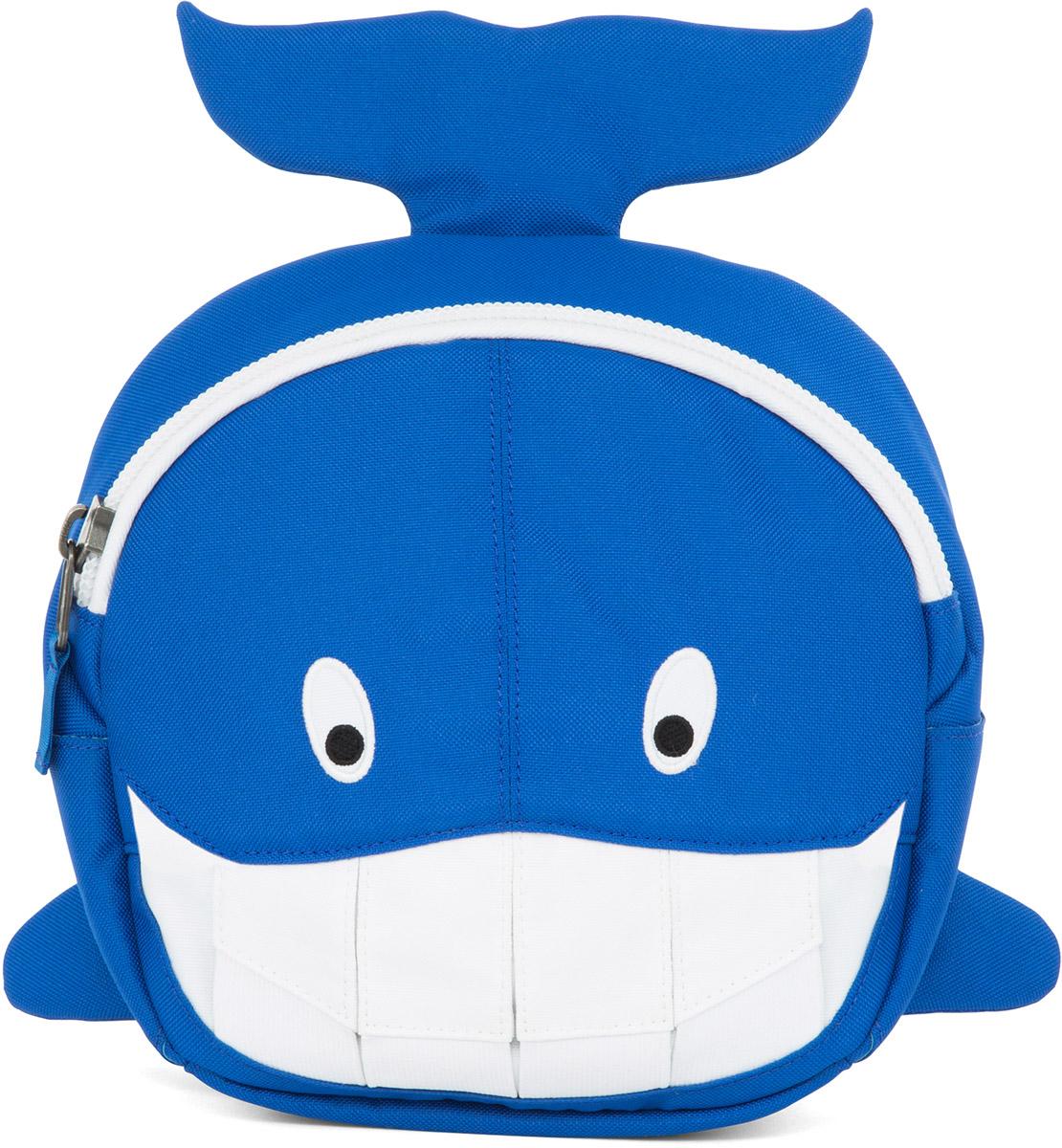 Affenzahn Рюкзак дошкольный Willi WhaleAFZ-FAS-002-015Рюкзак дошкольный Affenzahn Willi Whale, выполненный из прочного материала с дышащей спинкой, предназначен для детей раннего возраста.Предусмотрена возможность регулировки лямочной системы, в частности, нагрудного ремня по высоте. Рюкзак включает в себя вместительное внутреннее отделение с карманом на резинке, которое закрывается на застежку-молнию. На ярлыке внутри отделения можно написать имя ребенка.Рюкзак оснащен ручкой для переноски и светоотражающими элементами на внешней стороне, повышающими безопасность на улице.