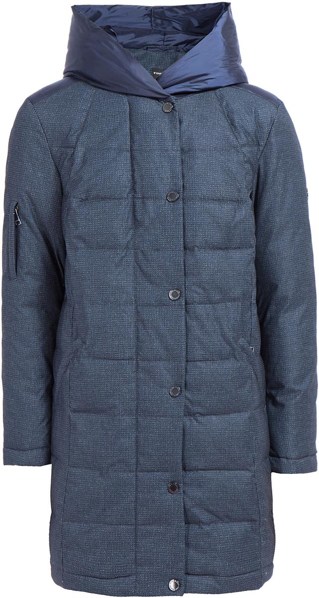 Пальто женское Finn Flare, цвет: темно-синий. W17-32008_101. Размер M (46)W17-32008_101Пальто Finn Flare изготовлено из качественного полиэстера. Модель с длинными рукавами застегивается на молнию и кнопки. Пальто дополнено практичными карманами.